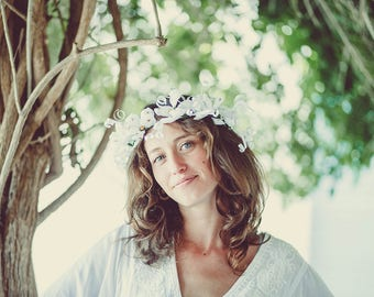 DIY White Flower Crown, DIY Floral Headpiece, DIY Paper Crown, Flower Girl Crown, Bridesmaid Flower Crown