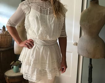 Edwardian White Cotton Lace Dress Blouse, Batiste Cotton, Embroidery,  Summer Day Tea Sun Dress