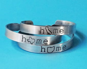 Home Town State Bracelet, All 50 states, Custom State Pride Cuff Bracelet, Personalized Jewelry, College Graduation Gift