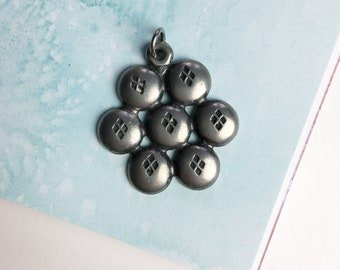 Vintage pewter button pendant | Norwegian pewter Norsk tinn | Pewter jewelry