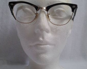 Vintage 1950s Retro Cat Eye Art Craft eyeglasses Black and Brown Color