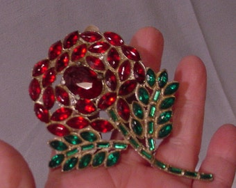 WOWEE ZOWEE What an Incredible Rhinestone Pin Over-sized Flower Red & Green