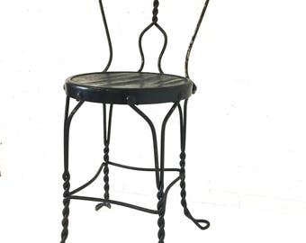 Vintage Ice Cream Parlor Chair Wrought Iron Sweetheart Back Metal Stool