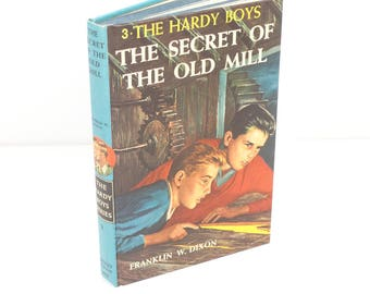 1970s - Hardy Boys The Secret of the Old Mill - No 3 Franklin W Dixon