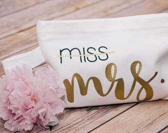 Miss to Mrs, Makeup Bag, Cosmetic bag, Makeup Storage, Cosmetic Pouch, Beach bag