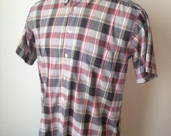 Vintage MENS 70s-80s Levi's Colorgraphs plaid short sleeve shirt, size L