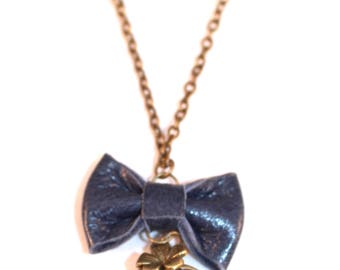 Long necklace mi Medallion photo Liberty and dark blue leather bow