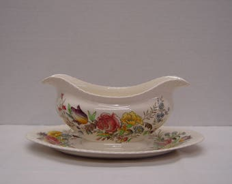 Windsor Ware Garden Bouquet Gravy Boat with Attached Underplate, Johnson Brothers, England