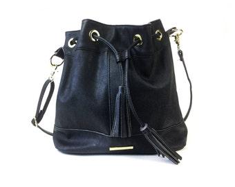 Vegan Leather bag, vegan leather purse, bucket bag, bucket purse, 1990s fashion, 90s style 90s purse, 1990s bag