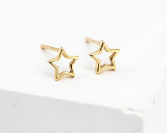 Gold Star Earrings • Gold Star Studs • Dainty Gold Studs • Star Stud Earrings • Star Jewellery • Tiny Gold Studs • Star Christmas Studs