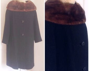 Fifties vintage plus size fur collar coat, size 2X, 18, 20, vintage black coat, volup coat, coats for women