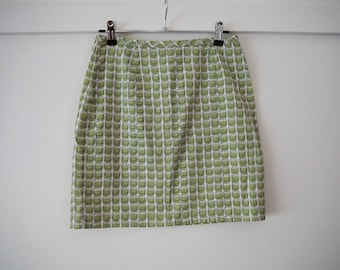 Cute green & white retro mini skirt  S / M