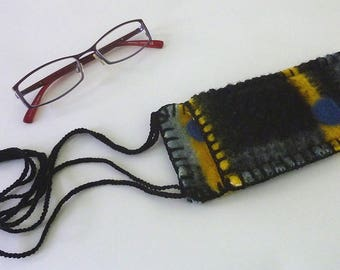Spectacles Bearer, reading glasses case, wearable glaasses pocket, woolen glasses case,  glasses pocket with cords
