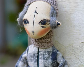 Boy with white hair - Pixie elf doll - Woodland  boy - Elf doll - Handmade doll - Textile toy - Exrime primitive - Embroidered face.