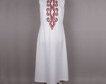 1960s white sleeveless vintage maxi dress