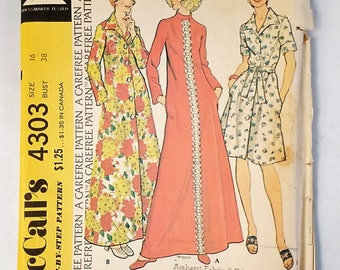 McCall's 4303 Robe Carefree Sewing Pattern 1974 Uncut Size 16 Bust 38
