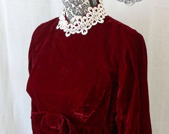 Red Velvet Babydoll Style Mini Dress - 60's/70s Vintage - Size S/M