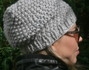SLOUCHY BEANIE, Available in different colors, Black beanie, Knitted hat, Slouch beanie, Red hat, Grey hat, Knitted hats women, Fall Fashion