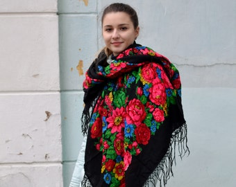 Large floral shawl, black Wool shawl, Floral Shawl scarf, Rustic Fringed Shawl, boho folk shawl, Babushka Russian, Antique rare Shawl