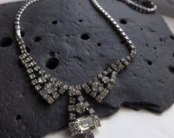 Vintage Jewelled Necklace