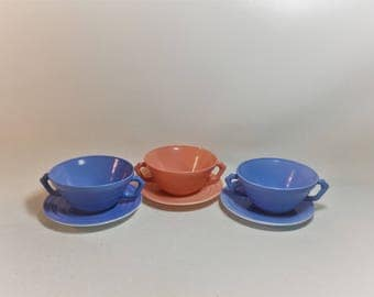 Vintage Hazel Atlas Pastel Moderntone Platonite Double Handle Bowls and Saucers, Set of 3