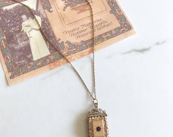 Antique Edwardian locket. Antique goldfill locker. Edwardian locket.