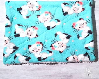 Blue Cats With Flower Cat Crate Mat Bed