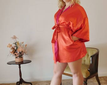 VIctoria's Secret RED SATIN SHort Kimono ROBE with Belt Dressing Gown Teen Lingerie - One Size Fits Most