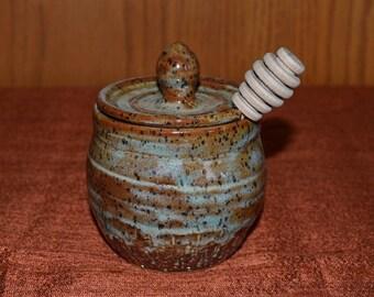 Sugar jar, sugar bowl, honey jar, relish jar, jelly jar, lidded jar, kitchen storage jar, jar with lid, rustic country, green pottery