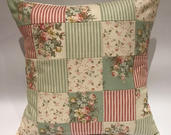 Tilda patchwork cushion, vintage patchwork pillow, vintage cushion, Tilda cushion, floral patchwork pillow, patchwork cushion