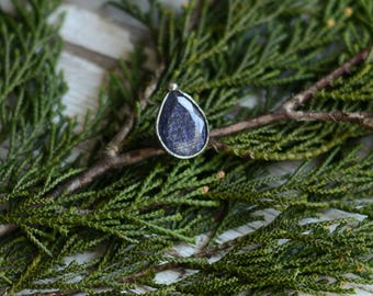 blue sapphire ring in size 8,7 US (59mm)