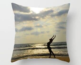 Beautiful throw pillow cover, throw pillow cover, decorative pillow, designer pillow cover