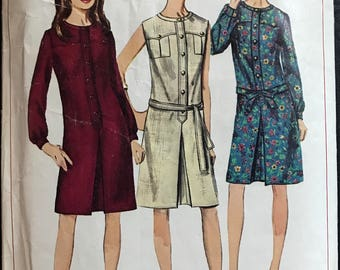 Simplicity 6627 - 1960s Dress with Shaped Front Yoke and Long Sleeves or Sleeveless Option - Size 12 Bust 32