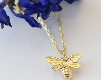 Gold Bee Necklace, Bee necklace, Nature Gifts, Handmade Uk, Handmade necklace, gifts for her, bee jewelry