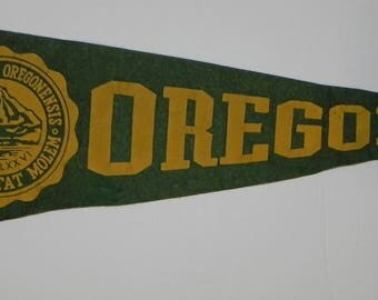Circa 1940's University of Oregon Pennant