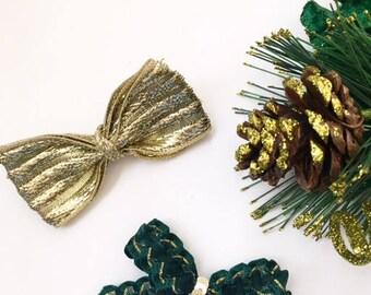 Gold and green bow set/gold bow/green bow/bow set/holiday bows/christmas bows/toddler bows/headbands/bows/