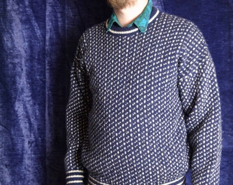 Karrson Knitwear The Viking 80s sweater 80s Vintage sweater Navy blue White dots pattern Knitted Pullower Long sleeve Sweater large xlarge