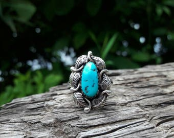 Vintage Sterling Silver Southwestern Turquoise Ring - Size 8