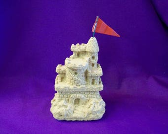 1982 Nipigon Studios Sand Castle - Made in Canada