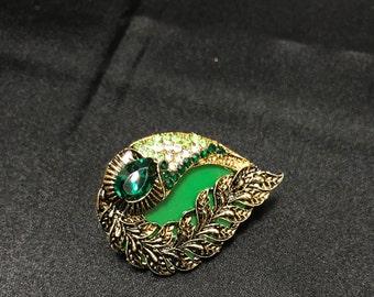 Green Brooch - Indian Brooch - Indian Bridal - Pakistani Jewelry - South Indian Accessories - Saree Brooch - Sari Pin - Saree Pin - Desi -