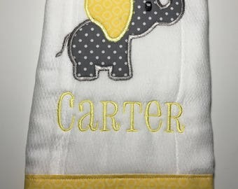 Personalized baby elephant Burp Cloth, baby shower gift, burp rag, diaper, Gray and yellow baby elephant burp cloth