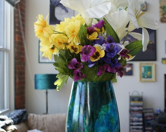 Decorative Flower Vase, Glass Vase Centerpiece, Painted Glass Vase, Flower Vase, Glass Flower Vase, Rainbow Flower Vase, Stained Glass Vase