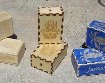 Handstand blocks with custom engravings