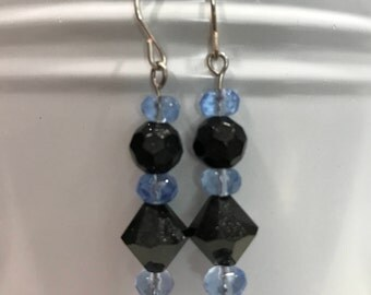 Dangle earrings black and blue beads