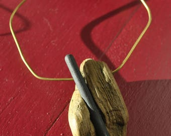 driftwood necklace with gold and balck accents