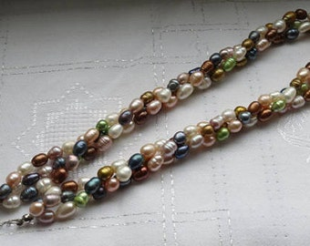 Natural freshwater pearls beaded necklace. Mixed color and 3 strand choker