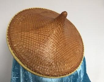 Original Vintage Asian conical/ coolie hat.