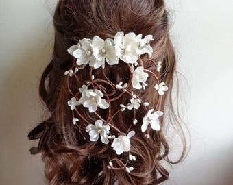 bridal hair vine, hair clip wedding, bridal headpiece, flower hair clip, wedding hair piece, rustic wedding hair accessories, hair garland
