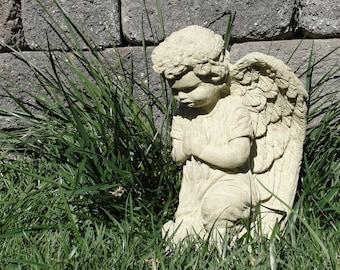 Stone VINTAGE MARY STATUE Outdoor Garden Art w/ Worn Texture (c)