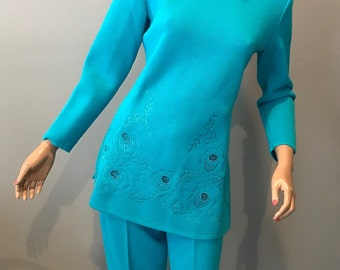 Cool vintage wool knit pantsuit-Small